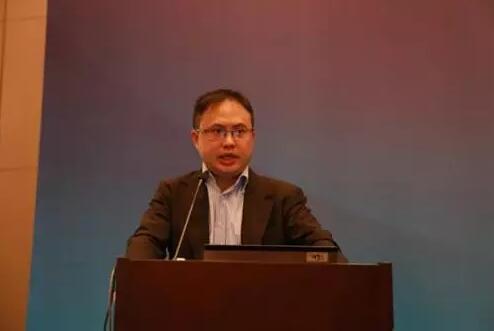徐小庆最新观点:如何看待中国目前的信用收缩