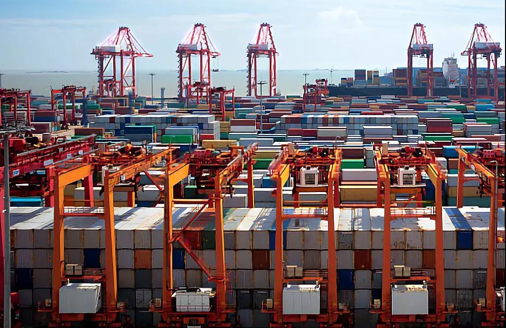 黄奇帆:进口大国一定是经济强国