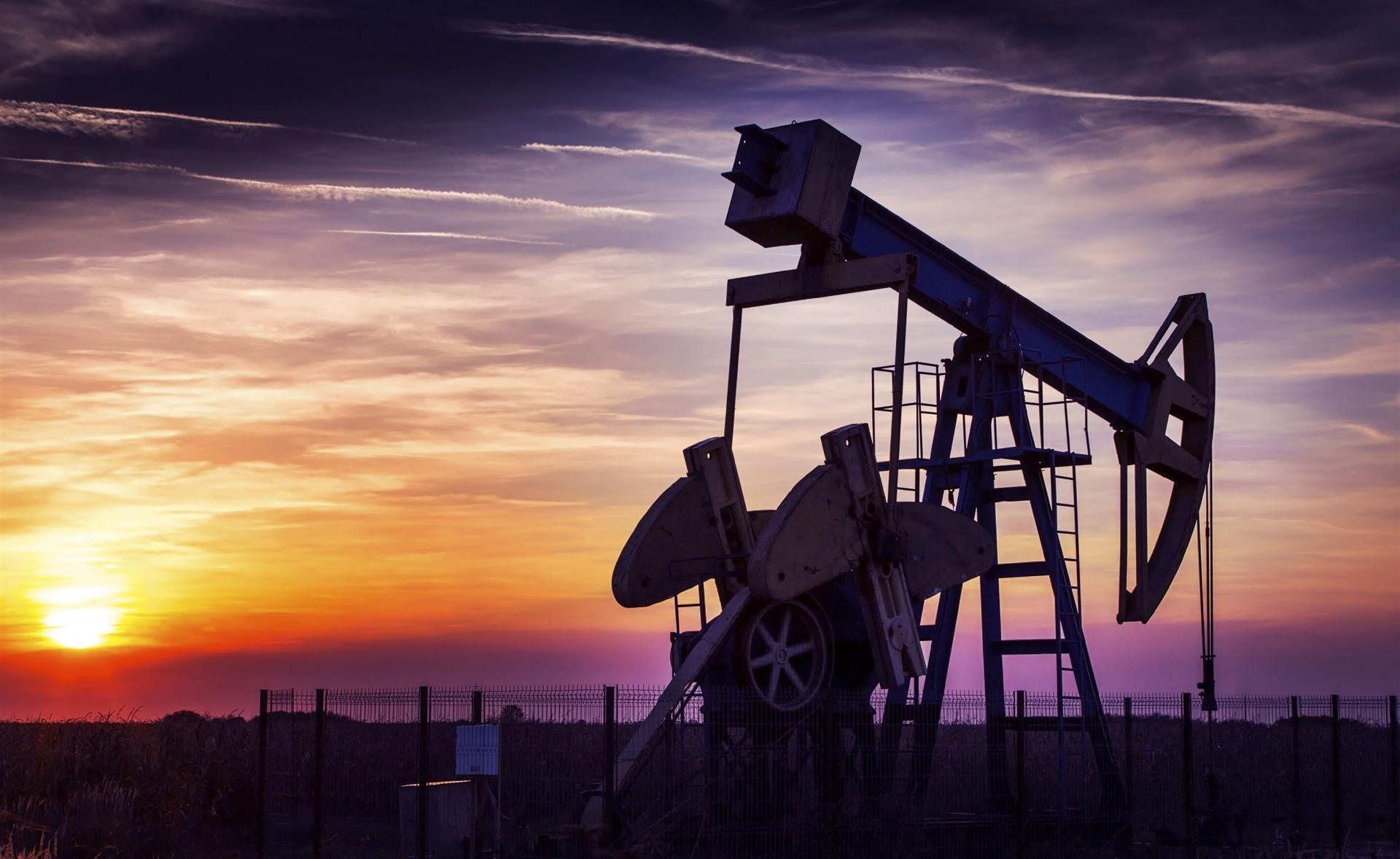 """减产协议短期""""止痛""""原油市场 油价""""寒冬""""还未过去"""