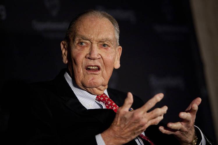 """选股票是浪费时间和金钱——""""指数基金教父""""的传奇人生"""