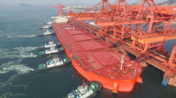波罗的海干散货指数BDI惨遭腰斩 连跌18天降幅罕见