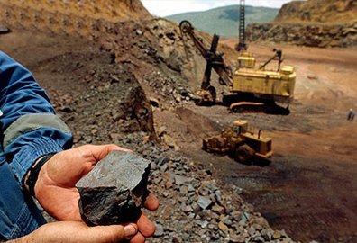 消息面大扰动!铁矿石期价大跌背后的原因在这里