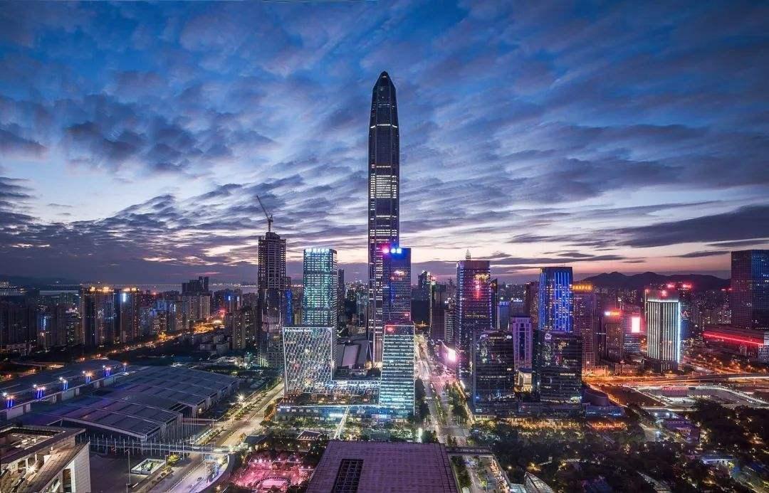 深圳未来:香港,还是新加坡?